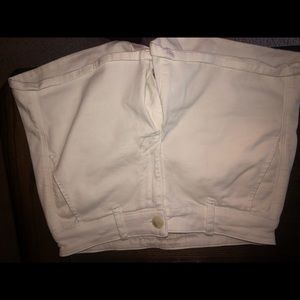 American Eagle White Shorts